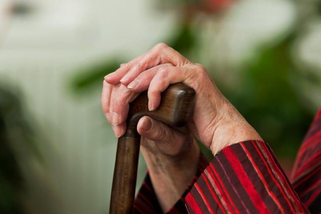 Пенсионерка продала квартиру в Бишкеке. Нотариус пыталась присвоить ее банковский вклад