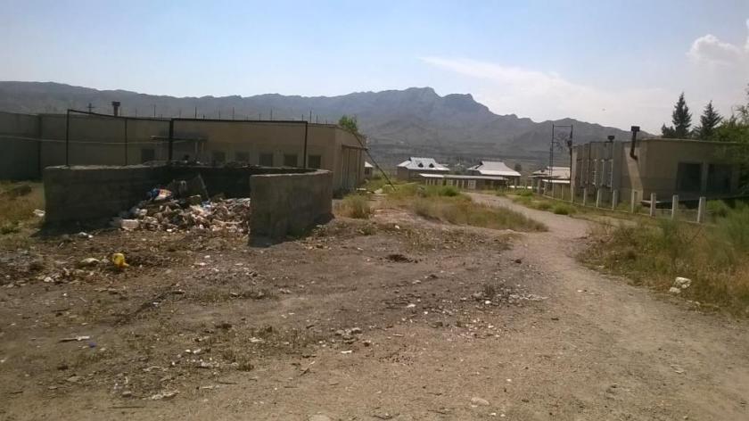 «Нет воды, газа, света». Сельчане обратились к Жээнбекову в Год развития регионов